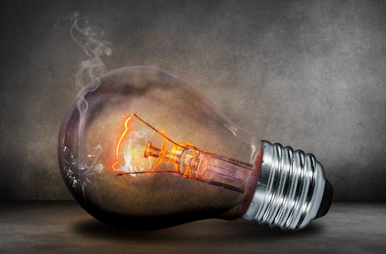 Content-Marketing, Content Coaching, Buyer Persona, SEO, verkaufsstarke Werbetexte: Wie Sie mit guten Ideen ein Loch in die Lampe brennen